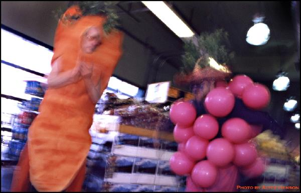 dancing grapes and carrot